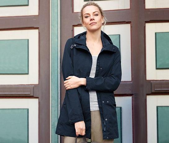 A férfiak számára funkcionális parka kabátot találunk 51b3e8e700